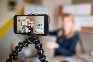 Virtual facilitator training employees